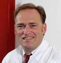 Маммолог - доктор медицинских наук Йорг Фальбреде - центр маммологии в Германии